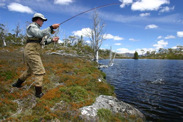 Thousand Lakes Lodge fishing at the lake