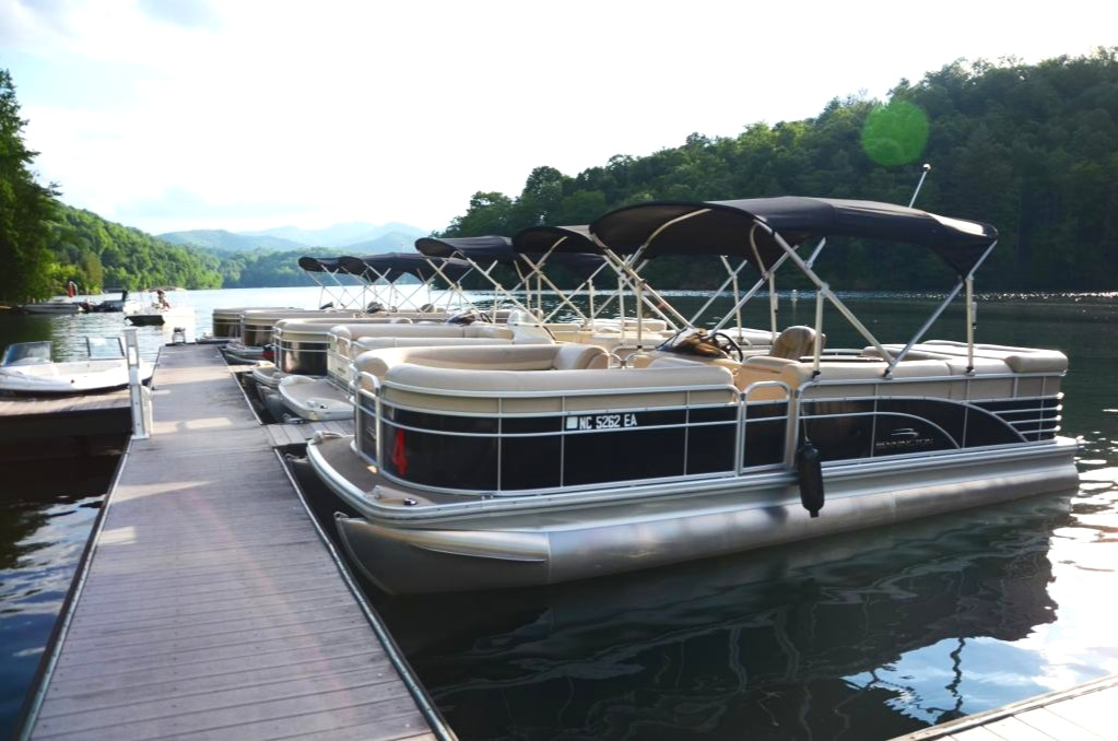 BOAT RENTALS…BEST PRICE, BEST BOATS, BEST SERVICE…GUARANTEED!