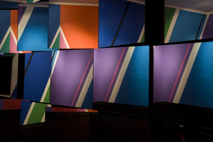 Cube 20 , 2018 Acrylic on panel / 26.5 x 27.5 in / 67 x 70 cm