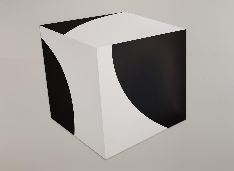 Black-Curves.jpg