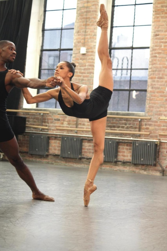 ashanimfuko :      The beautiful American Ballet Theatre Soloist,   Misty Copeland  ! @MistyonPointe Photo Credit: Judy Tyrus
