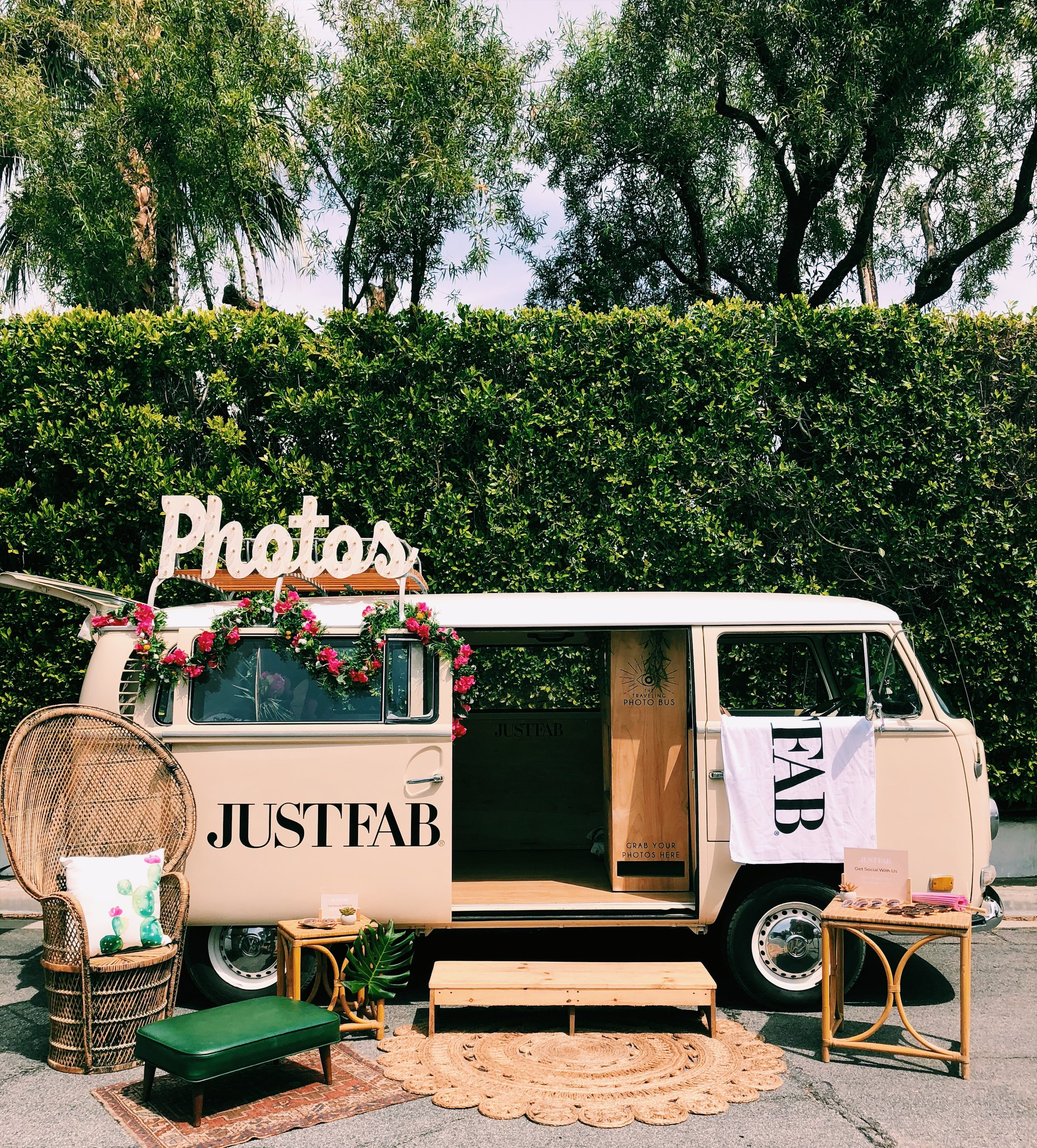 palm springs photo booth bus.JPG