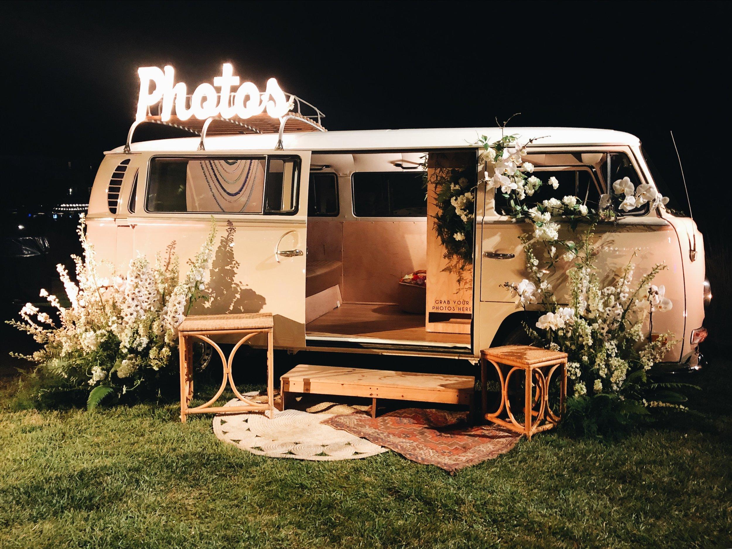 Photo-Booth-Bus-Volkswagen-VW.JPG