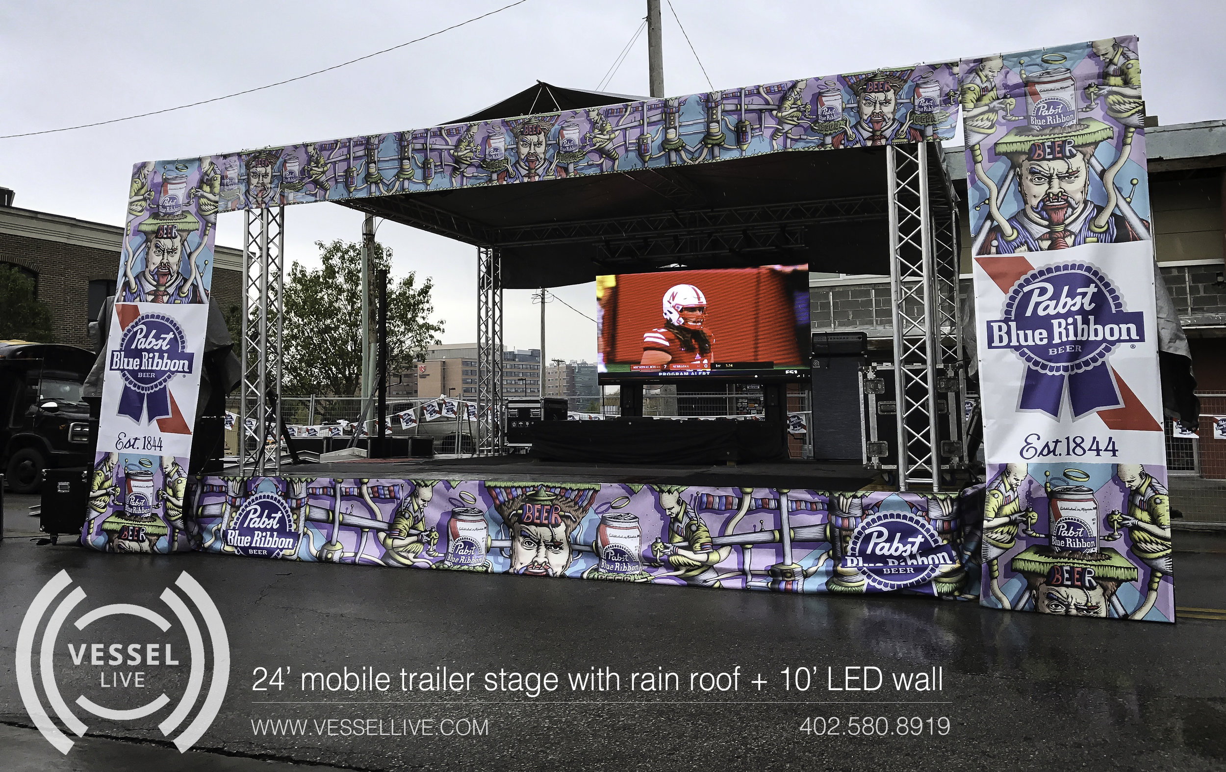24' stage with LED wall
