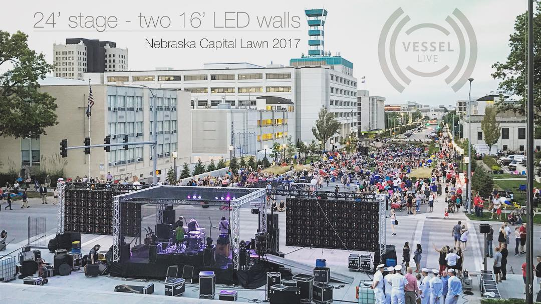 Promo Pic - capital steps facing crowd.jpg
