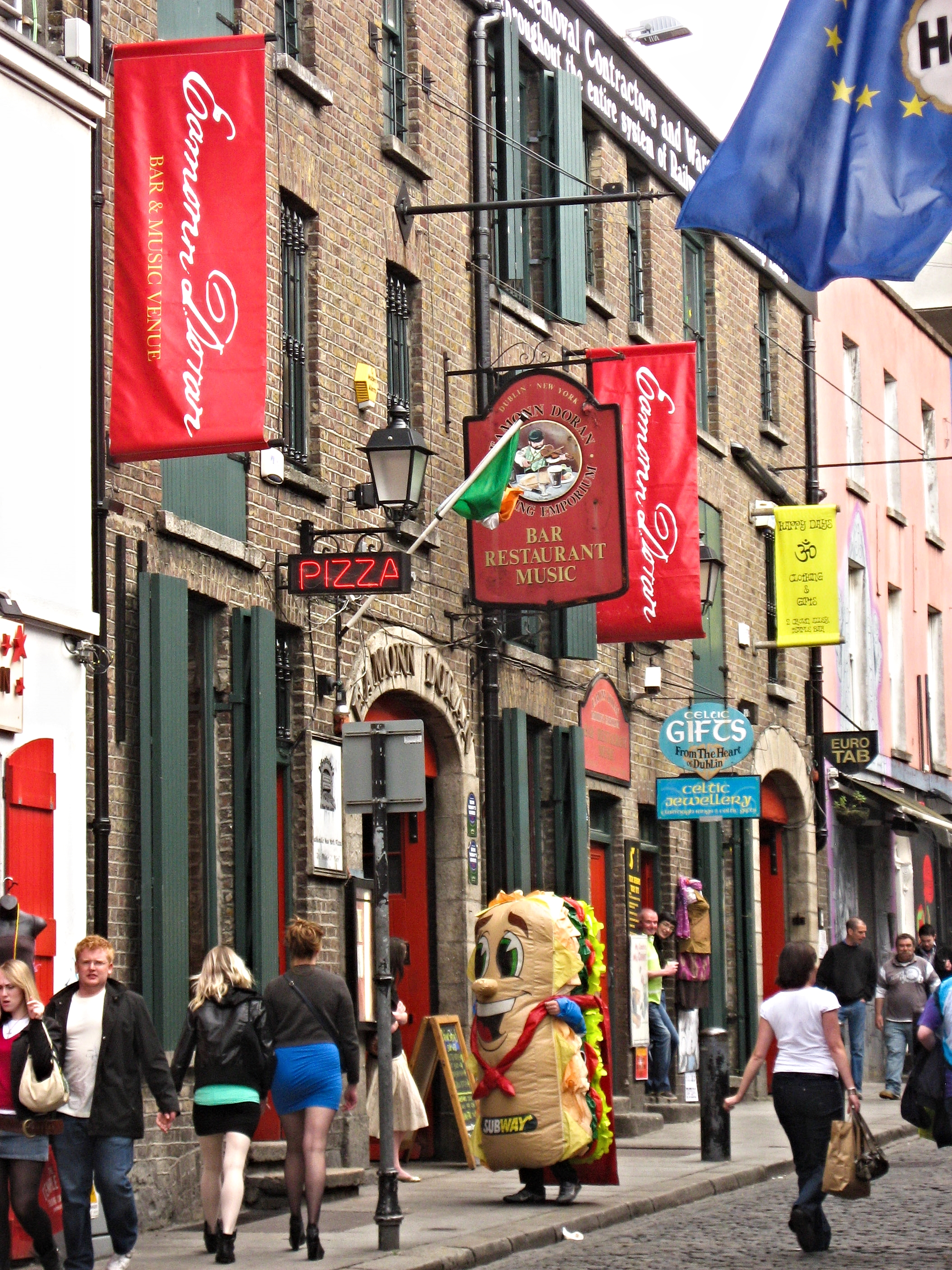 Ireland 2009 slideshow-4.jpg
