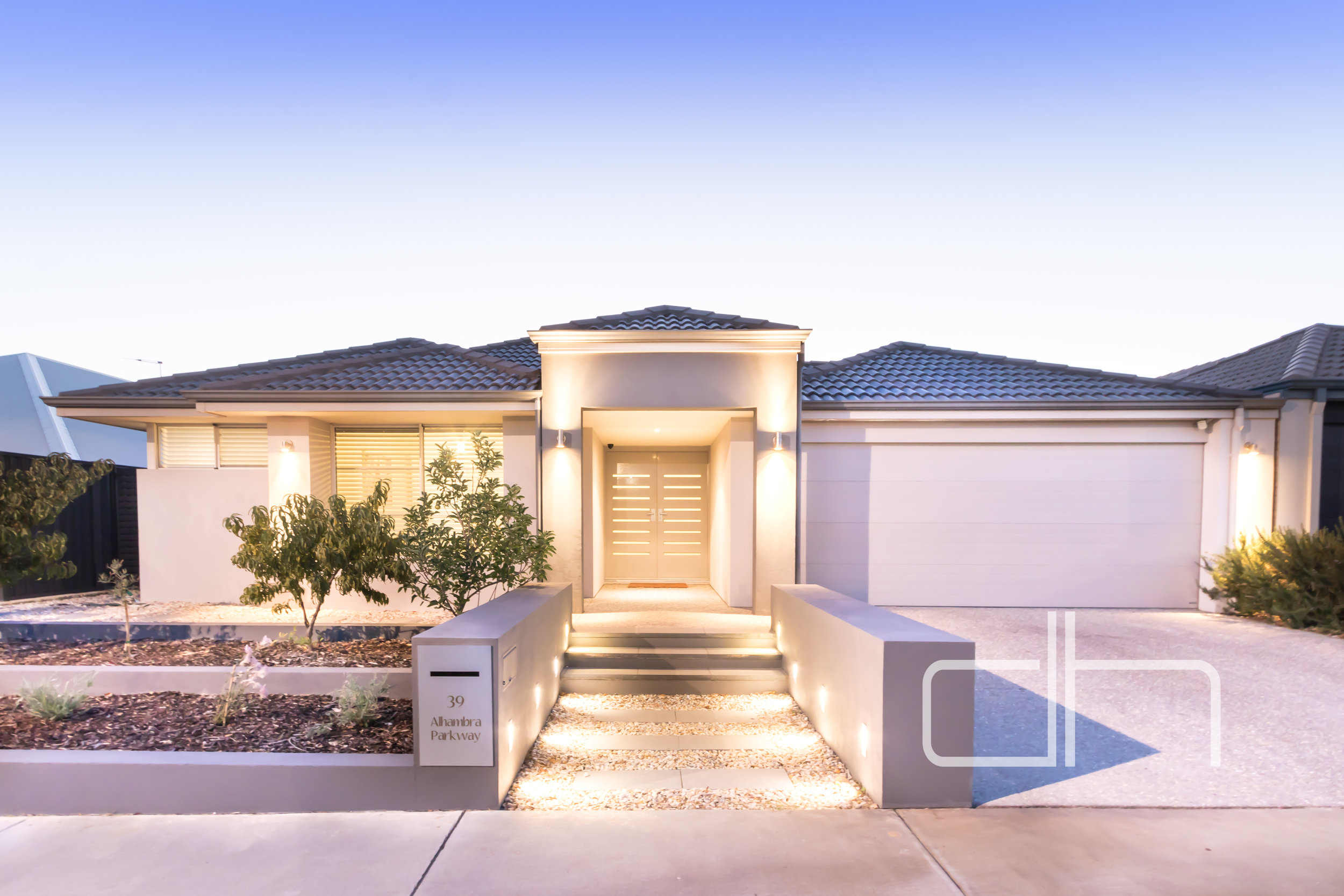 39 Alhambra Parkway $597,000