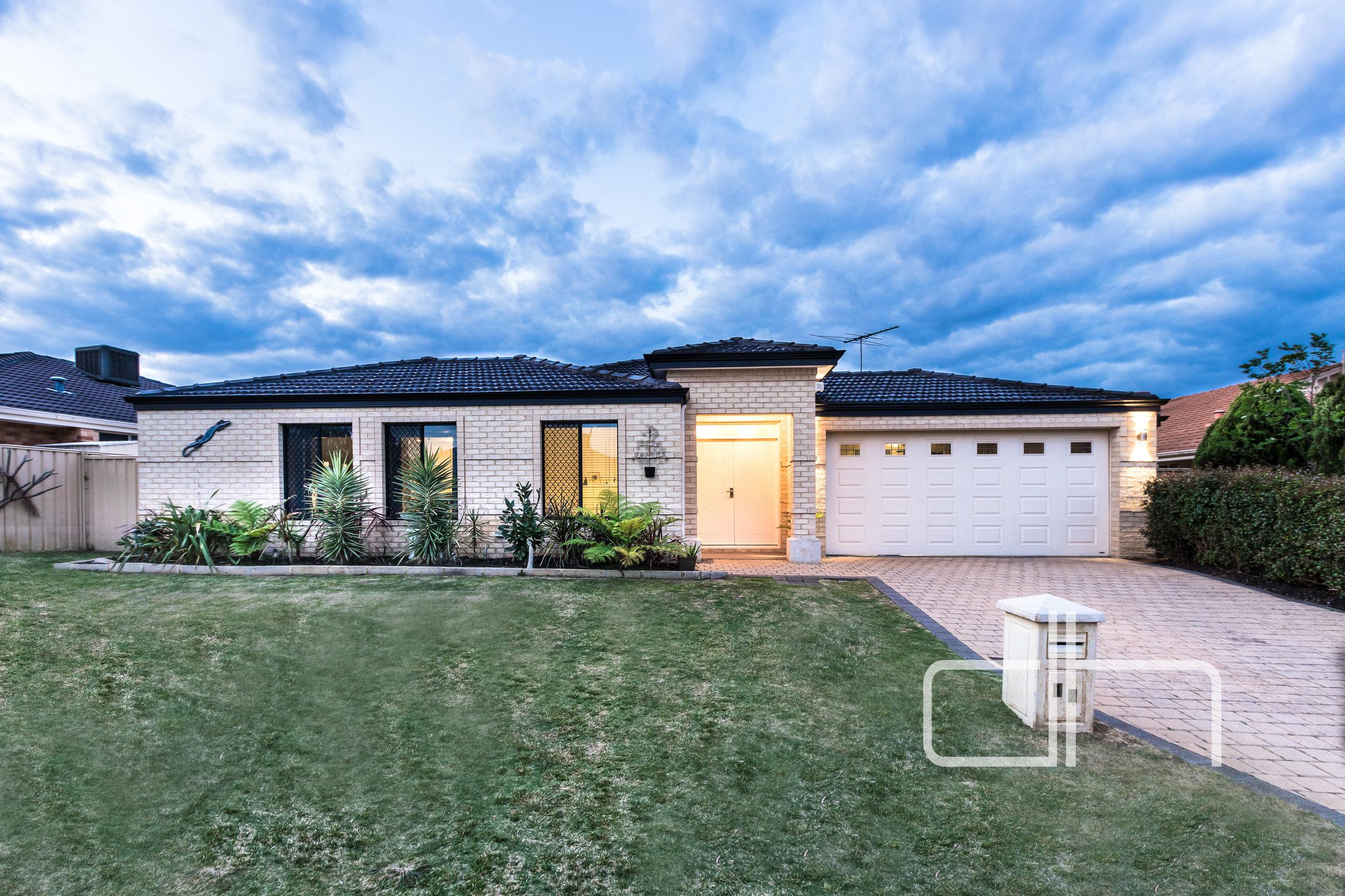 12 Raeburn Crescent $545,000
