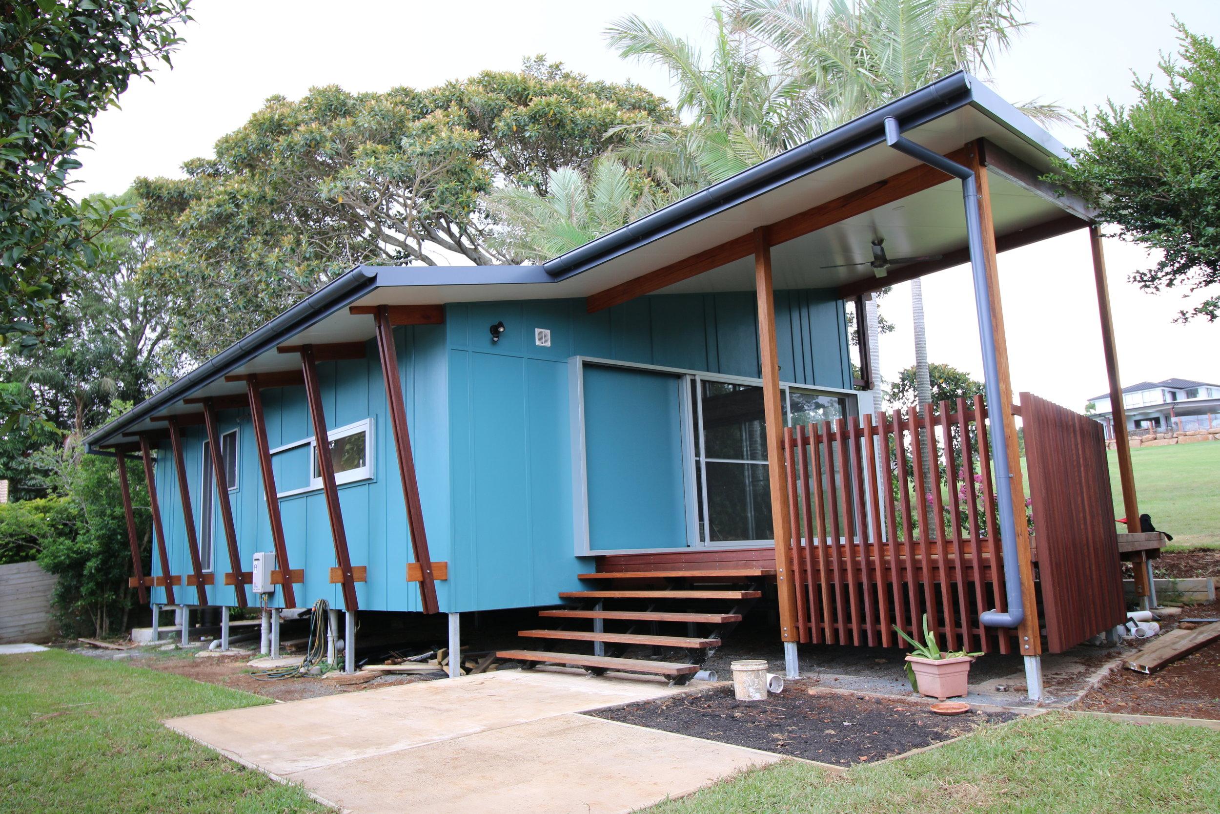CALIFORNIA RED design /60sqm/ 2B /Lennox heads/ NSW