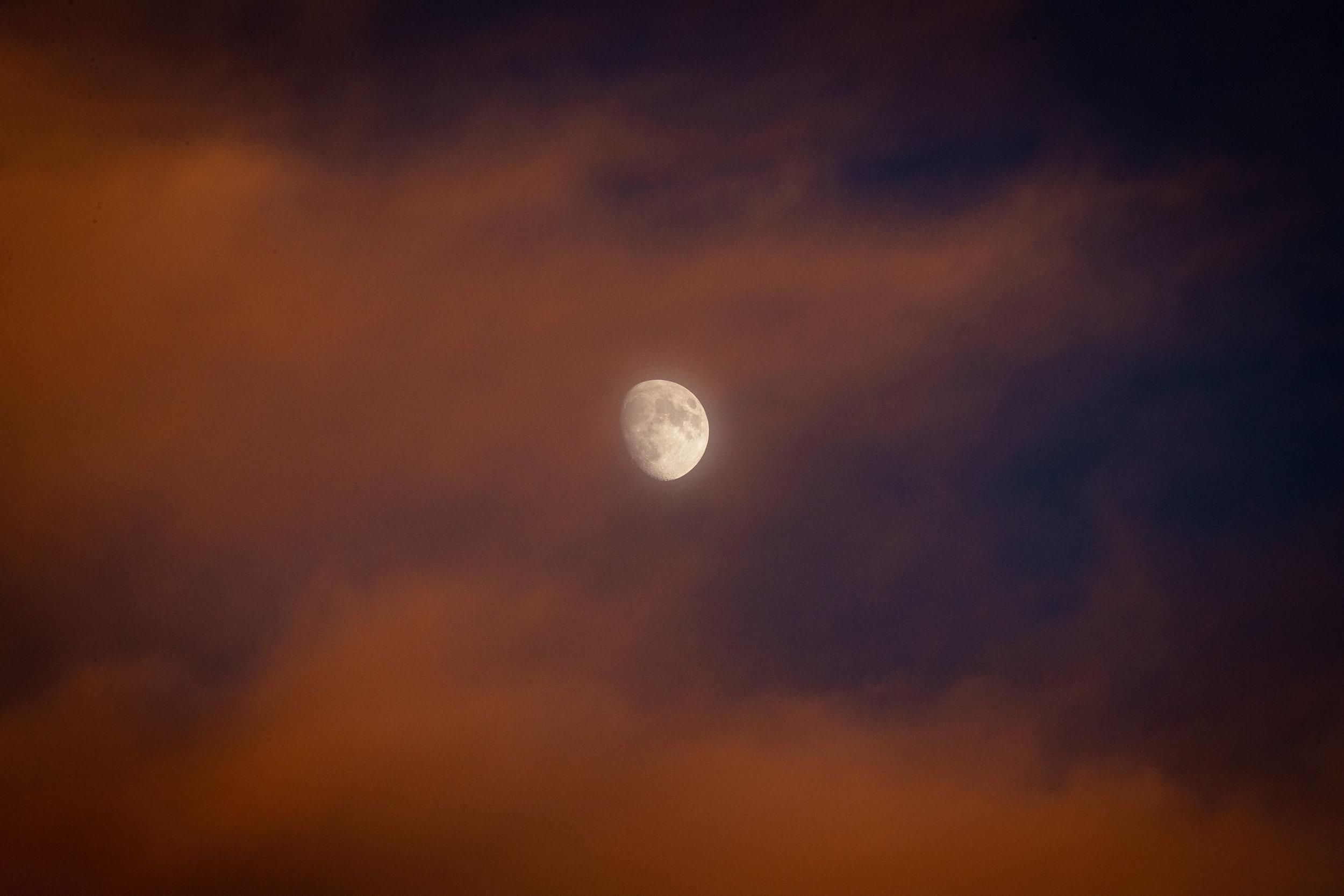 blood cloud moon.jpg