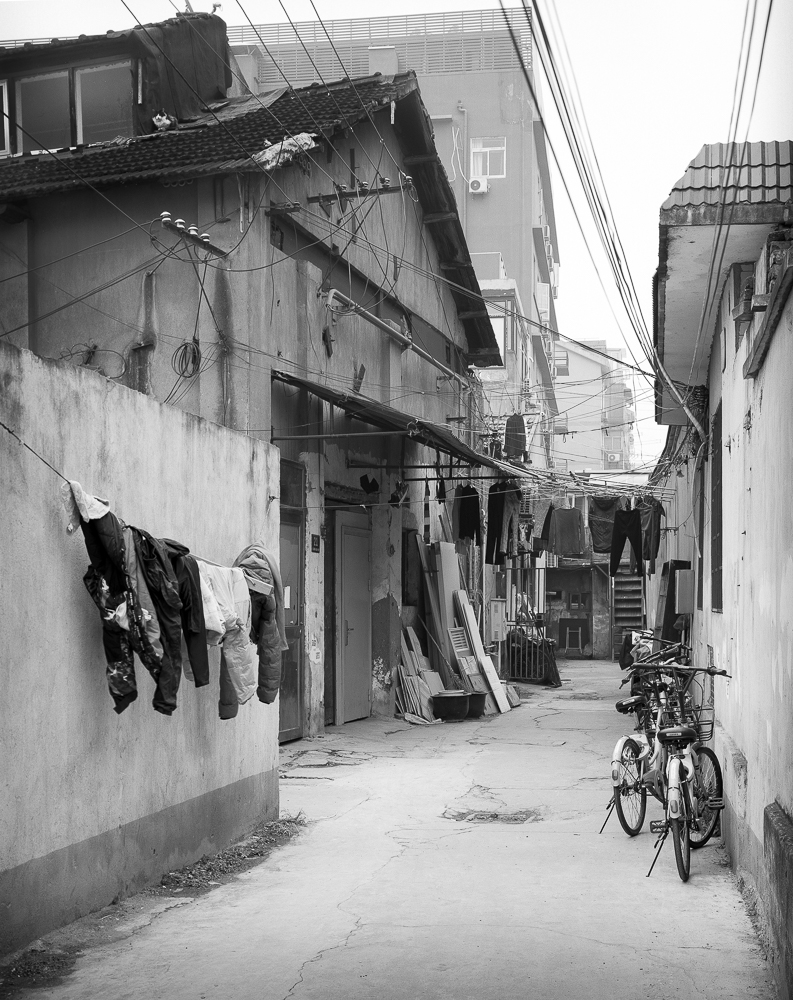 An alleyway in the suburbs of Shanghai. The details that 5x4 picks up in a shot like this are fabulous. I particularly enjoy the cat on the roof, top left.