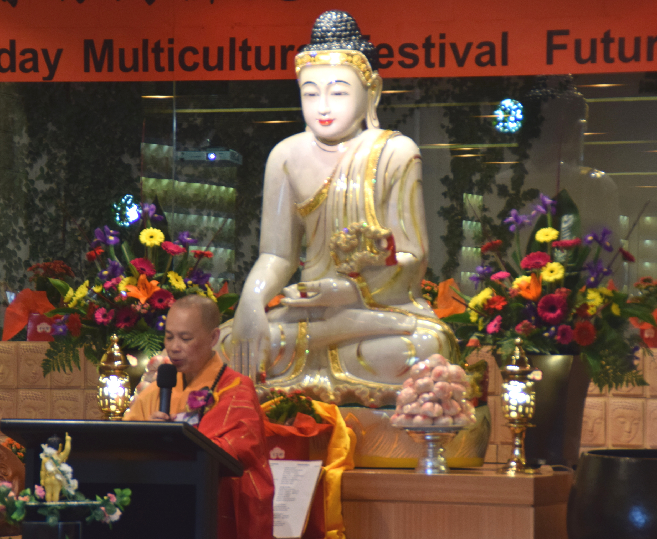 Venerable Man Shin, Abbess of Fo Guang Shan Buddhist Temple NZ, addressing the gathering