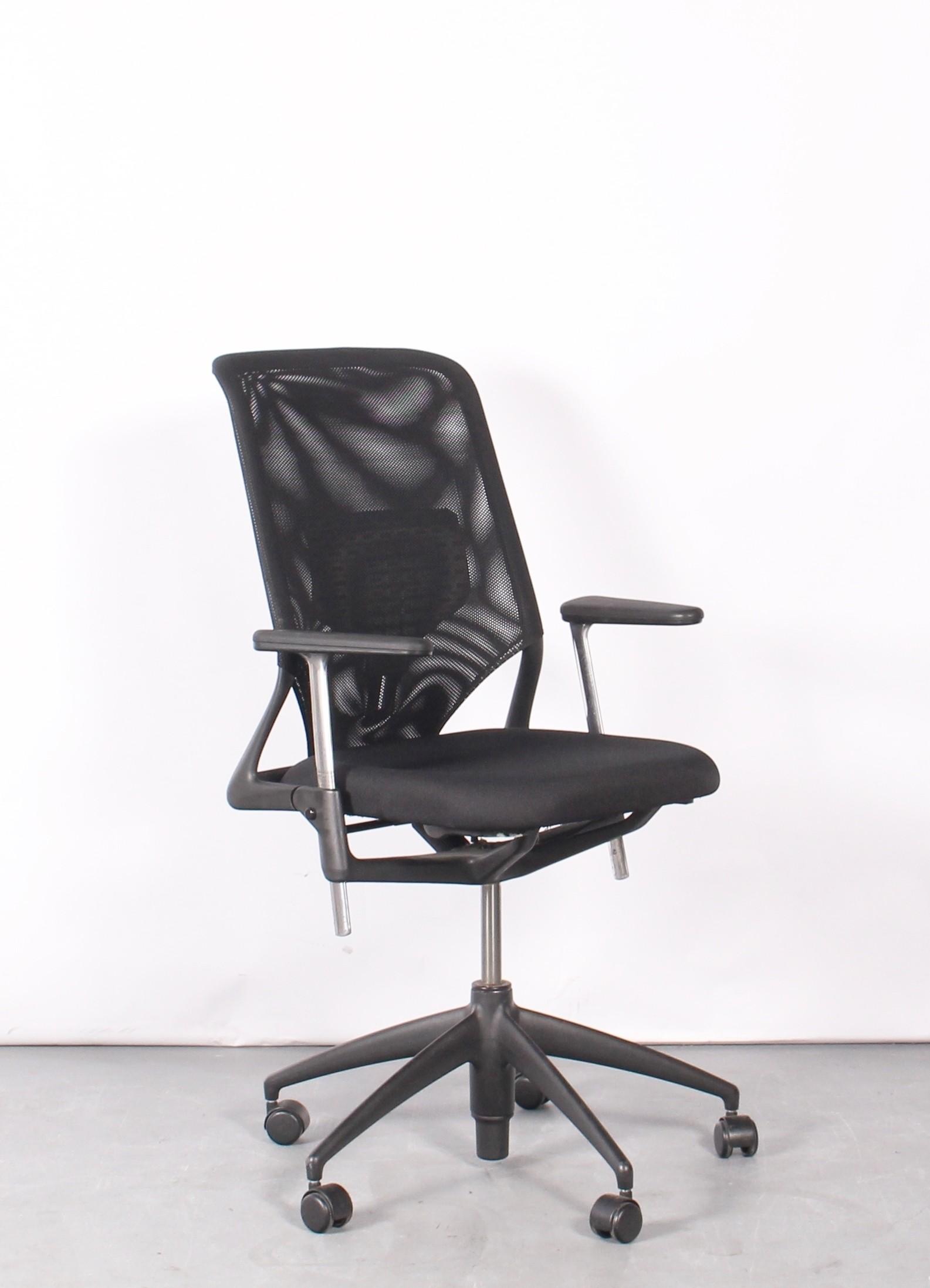 Vitra Meda Bureaustoel.Chairs Click Here Cfb