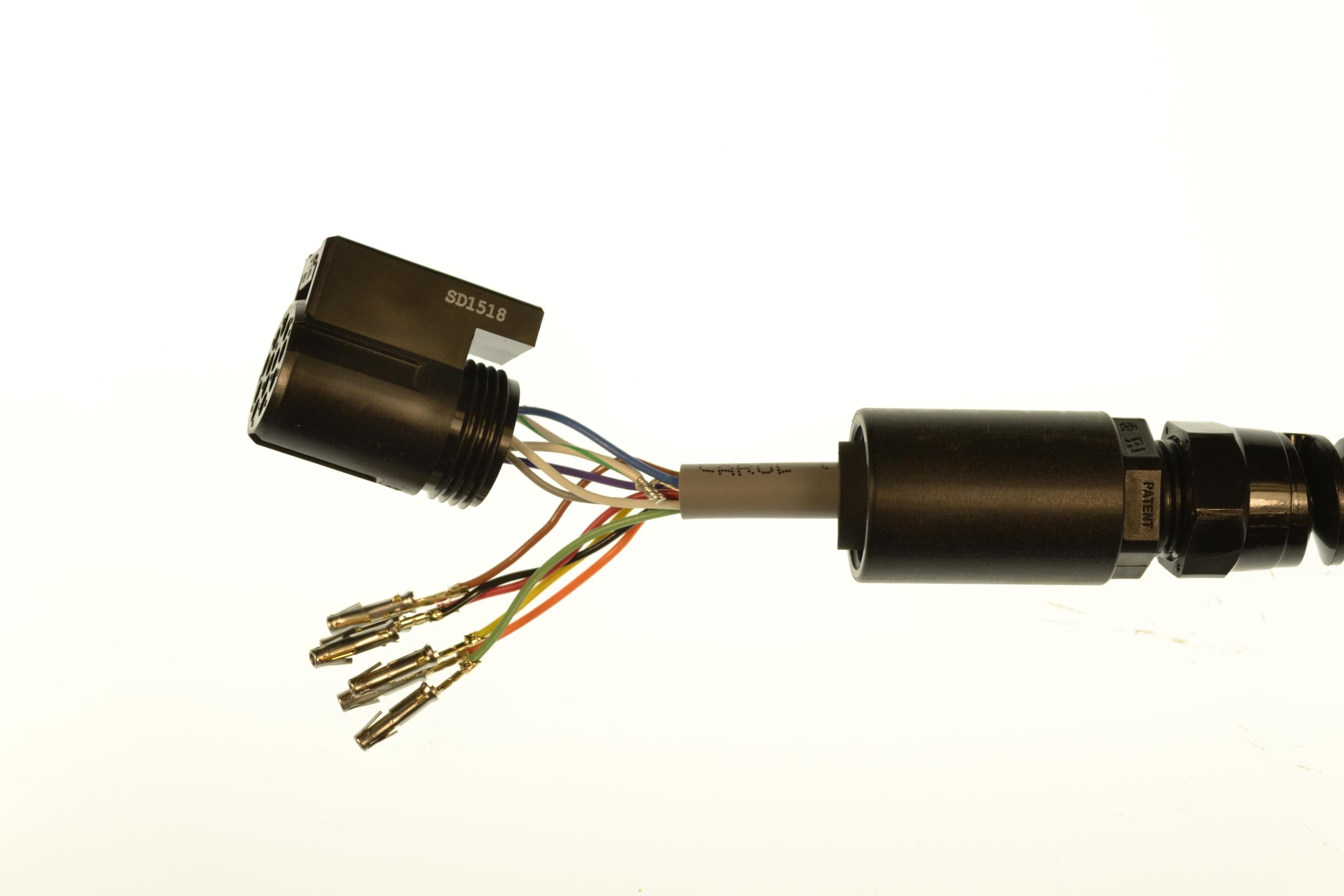half plugged connector.jpg