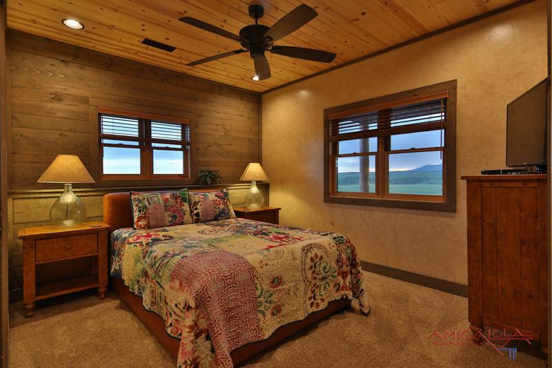 Sunset Lodge | © Amicalola Home Plans | Design Klippel Residential-44.jpg