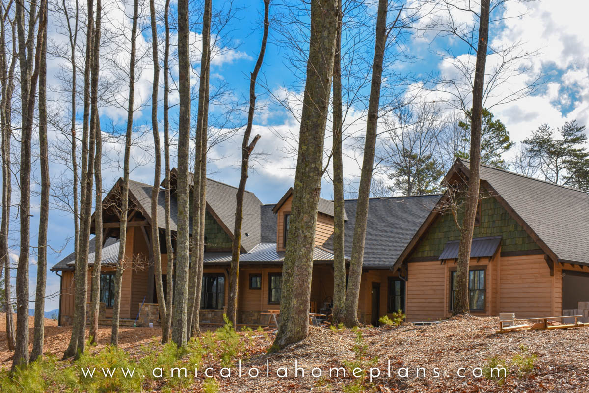 JHK13019 | Bozeman Cottage | © Amicalola Home Plans-13.jpg