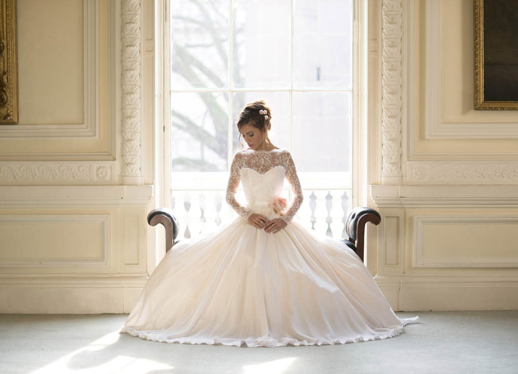 web_Naomi Neoh Secret Garden Collection Fleur Naomi Neoh Ivory & Pearl Bridal Boutique Ireland.jpg