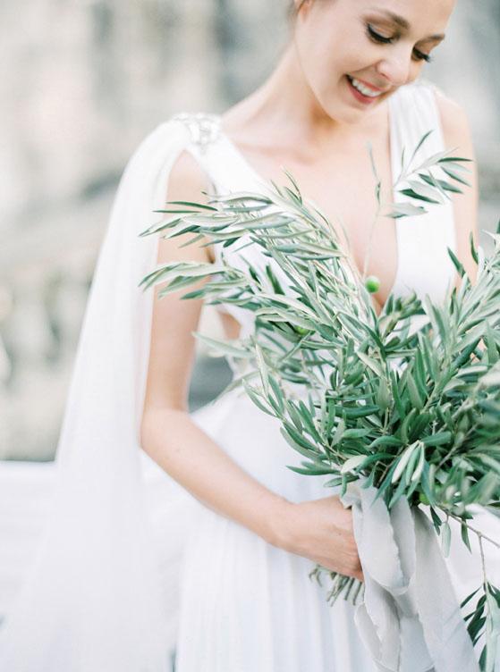 Gibson bespoke bespoke bridal accessories inspire weddings 9.jpg
