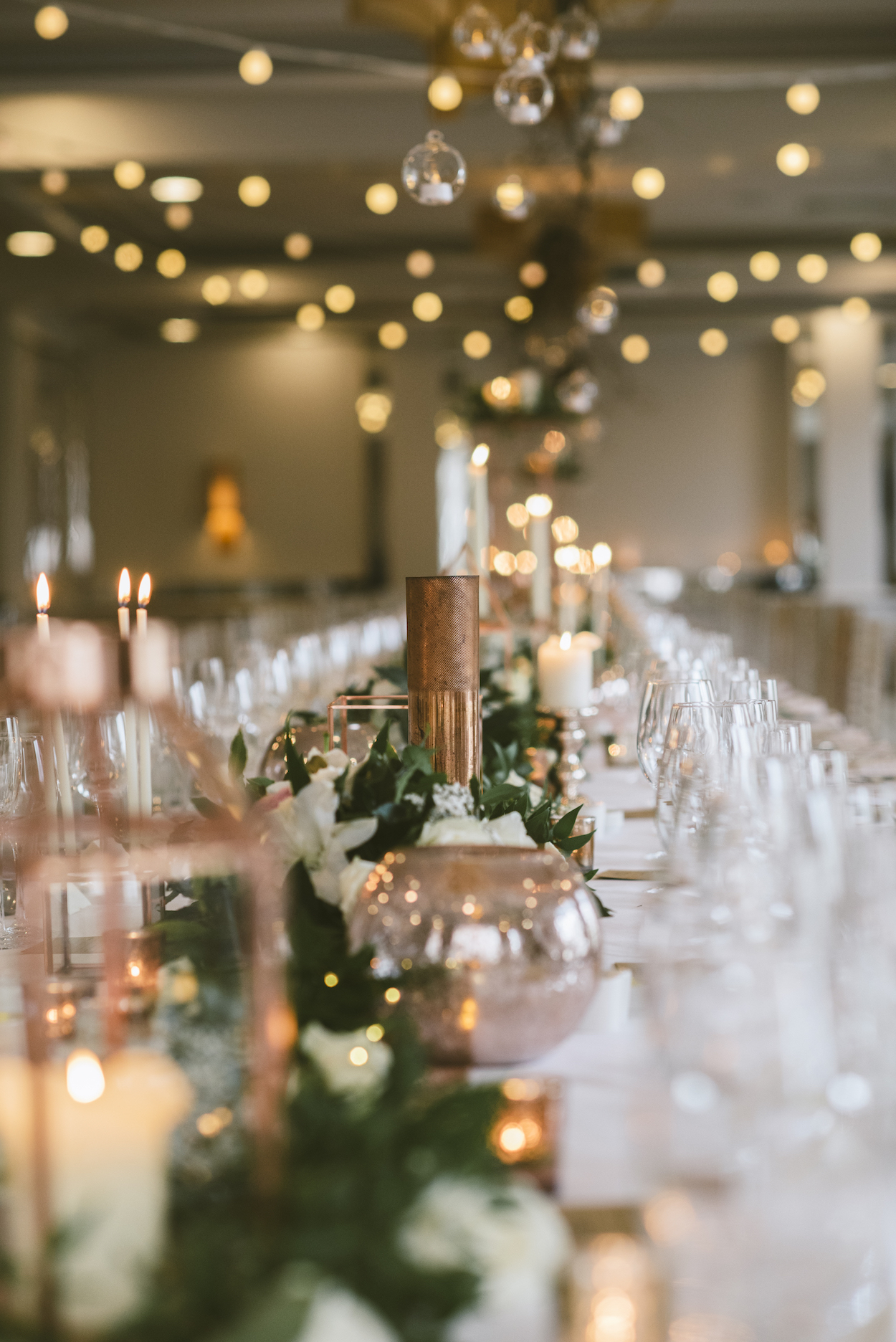 Francis_meaney_photography_merchant_hotel_wedding_belfast_inspire_weddings_10.jpeg