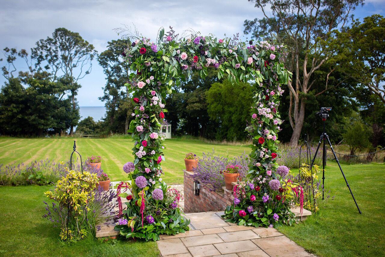 Victoriana_Floral_wedding_flowers_northern_ireland_8.jpg
