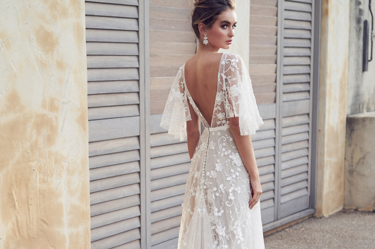 Bridal fashion - Dresses & Accessorieus