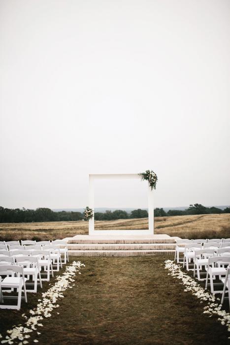 planning-a-wedding-abroad-inspire-weddings-4.jpg