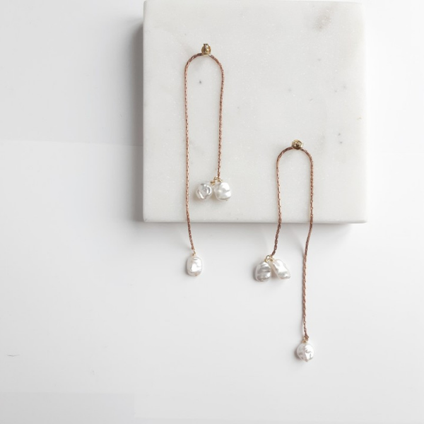 Maison Sabben Absolue Bridal Earring.   The White Gallery