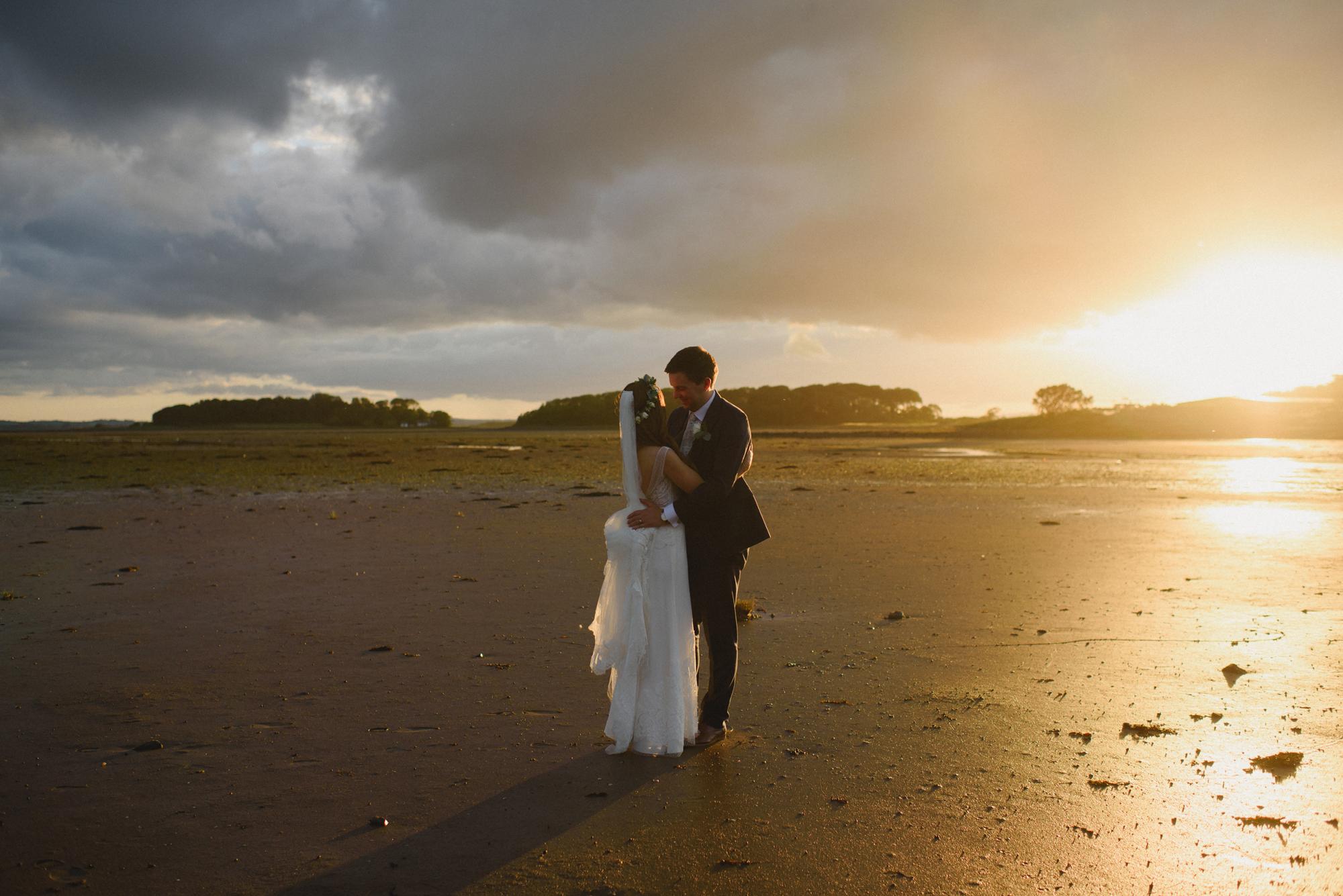 Orange_tree_house_Wedding_you_them_us_inspire_Weddings_4.jpg