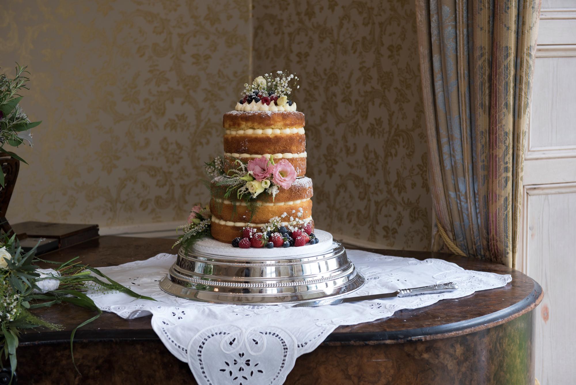 ghan_house_Wedding_Sarah_Fyffe_wedding_photographyer_14.jpg