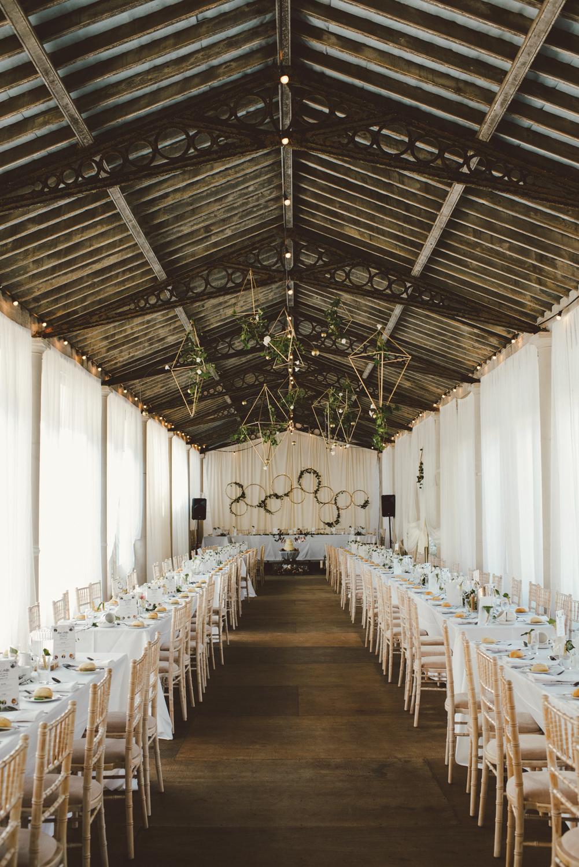 hilton_park_wedding_venue_ireland_barn_style_reception_set_up.jpg