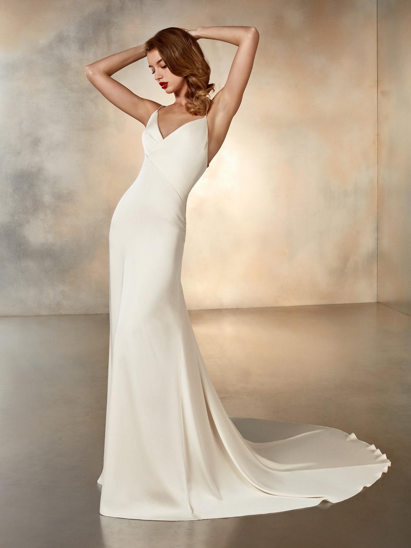Atelier_Pronovias_2020_collection_wedding_dress__Moonlight_without-cape_front_viewjpg
