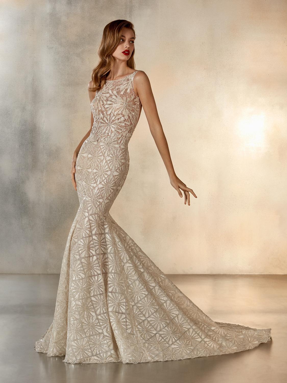 Atelier_Pronovias_2020_collection_wedding_dress__Starlight_front-view.jpg