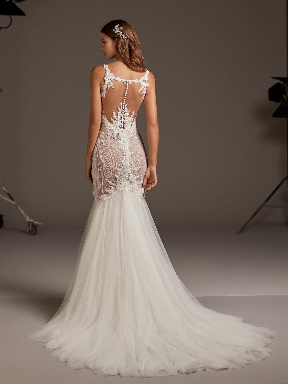 Pronovias_wedding_dress_Galatea_dress_back_view.jpg