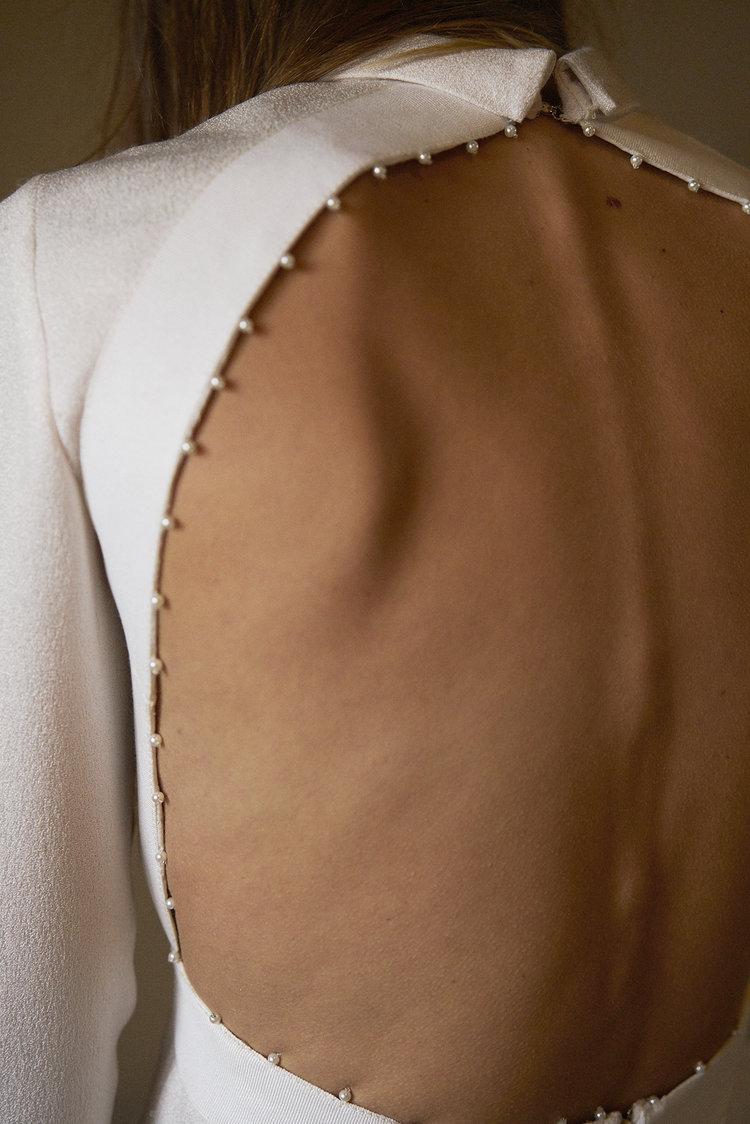 Dress bb:01    Pearl trim . Roll neck . Calf length . Textured silk