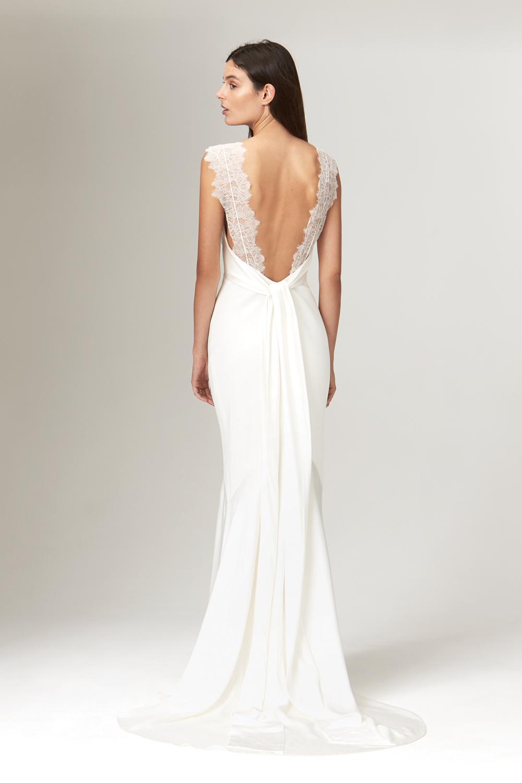 Savanh_millar_wedding_dress_ireland_1.jpg