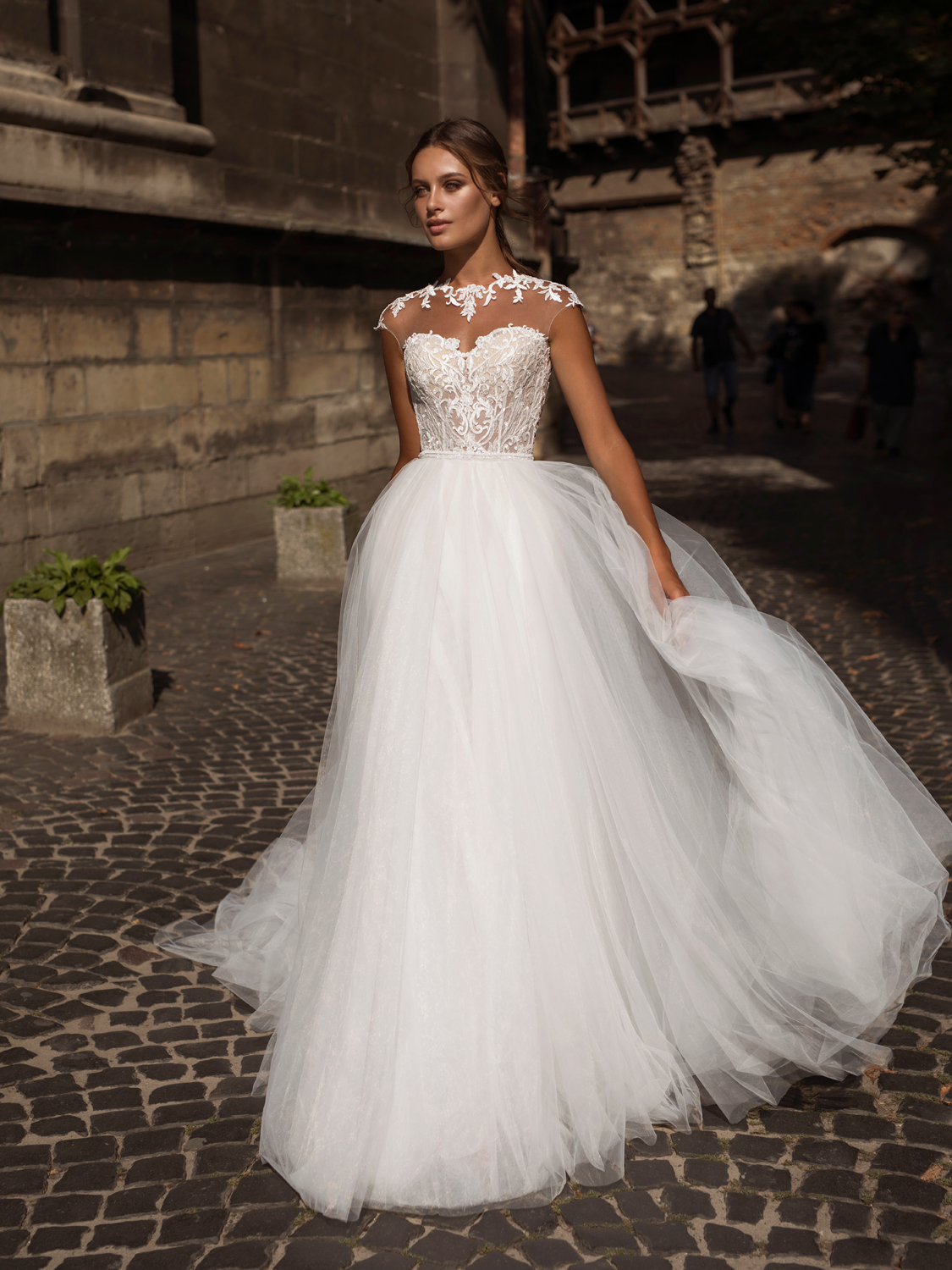 liri_designer_Wedding_Dress_Lydia.jpg