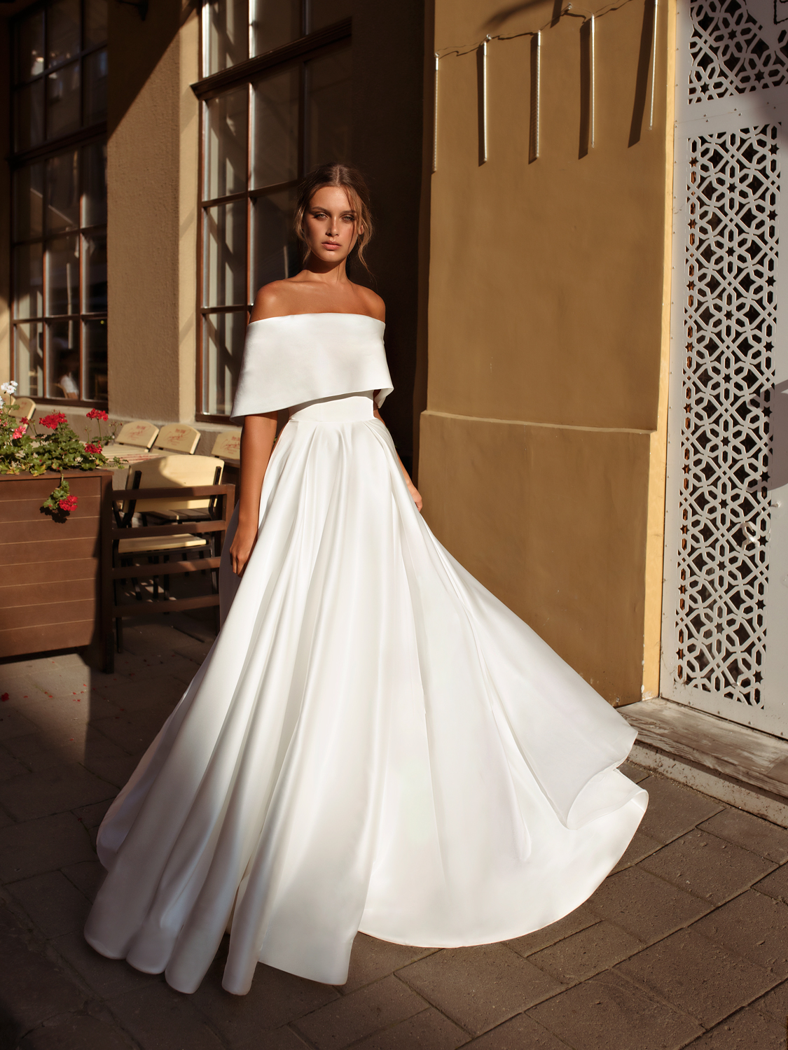 liri_designer_Wedding_Dress_nicola.jpg