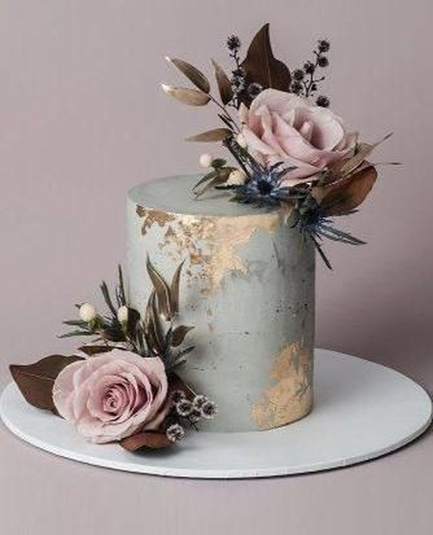 This gorgeous marble effect wedding cake with touch of gold is simply breathtaking. ⁠ ⁠ #weddingcake  #weddingcakeideas  #weddingcakeidea #weddingcakestyle  #goldweddingcake #instawedding #irishwedding #weddingplanning #northernirishwedding #wedding #bridalstyle #weddinginspo #weddinginspiration #inspireweddings #weddingdress #bride #groom #inspire #inspireweddingsmagazine #NIbride #theone #weddinginspo #wedding #weddingparty #irelandwedding #weddingireland  #weddingreception ⁠