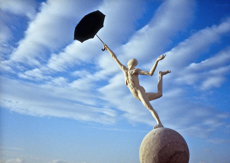 Le Parapluie  ©  53 cm high x 75 cm wide  Unique
