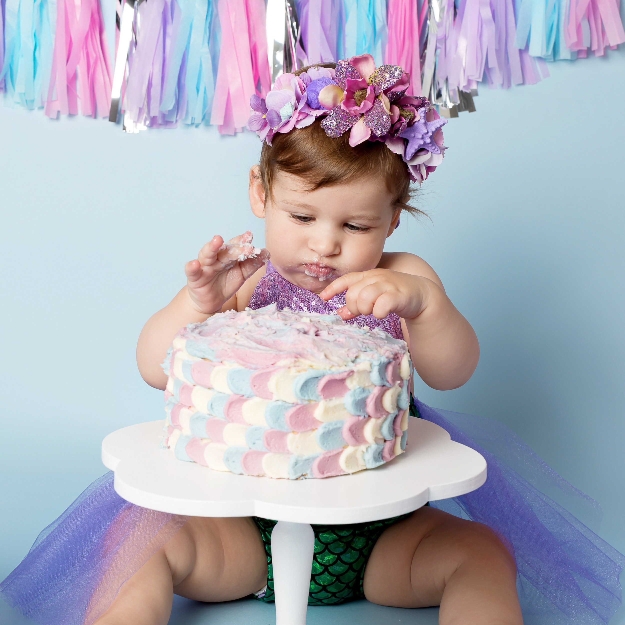 Karen Kimmins Photography.Wellington. Cake smash sessions..jpg