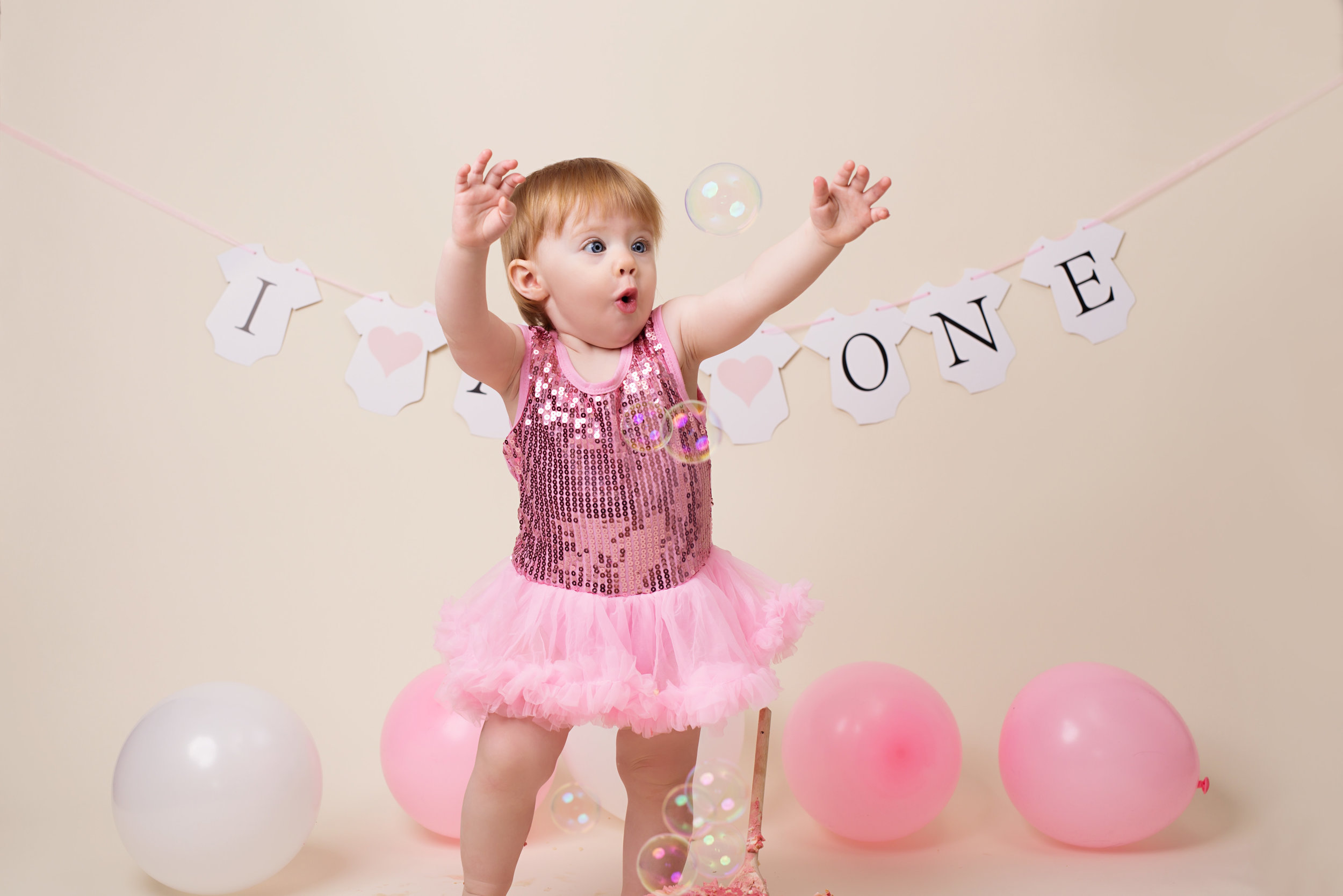 Karen Kimmins photography - Cake smash and spalsh..jpg
