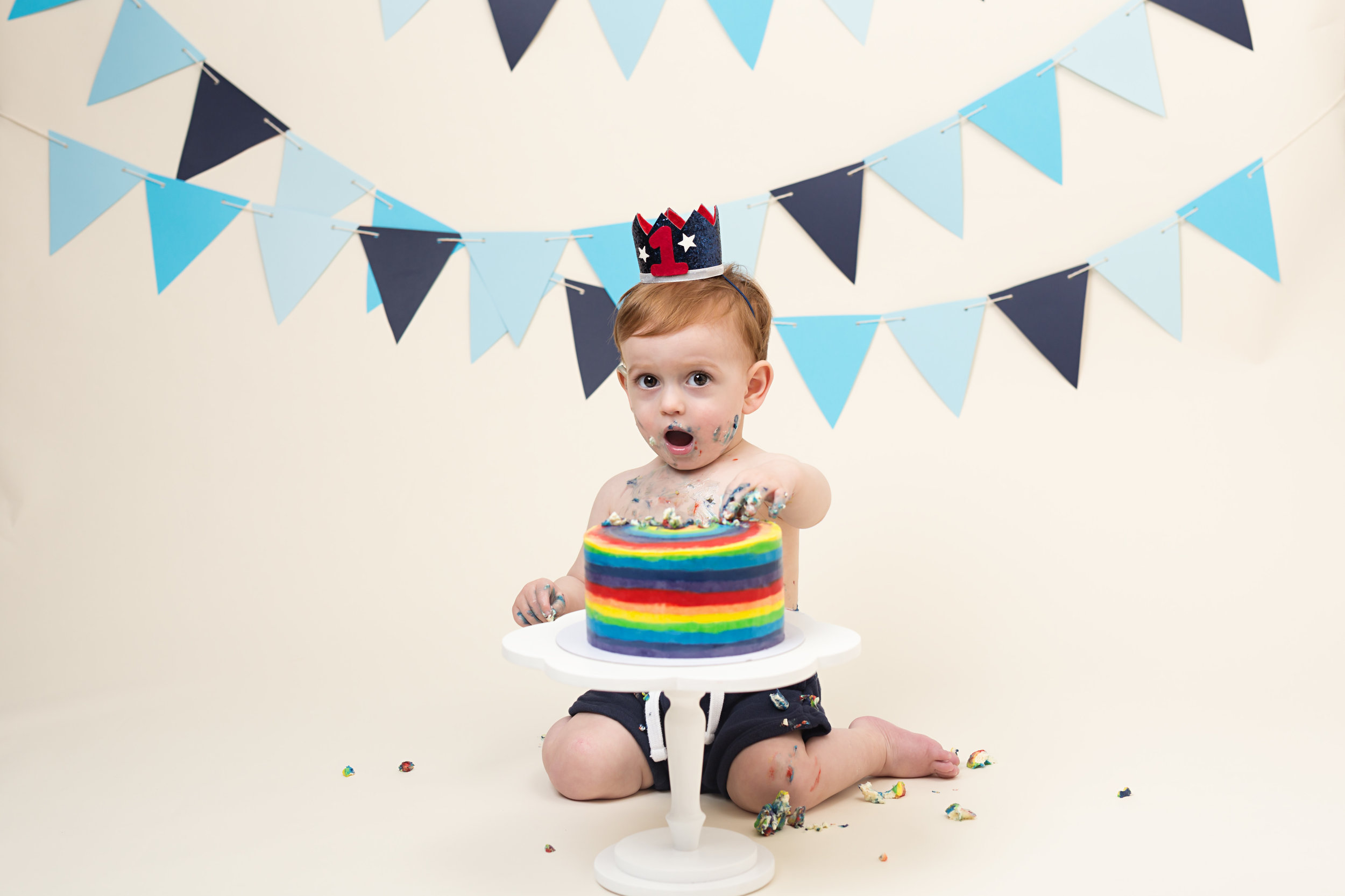 Cake smash sessions in Taunton, Wellington, Somerset..jpg