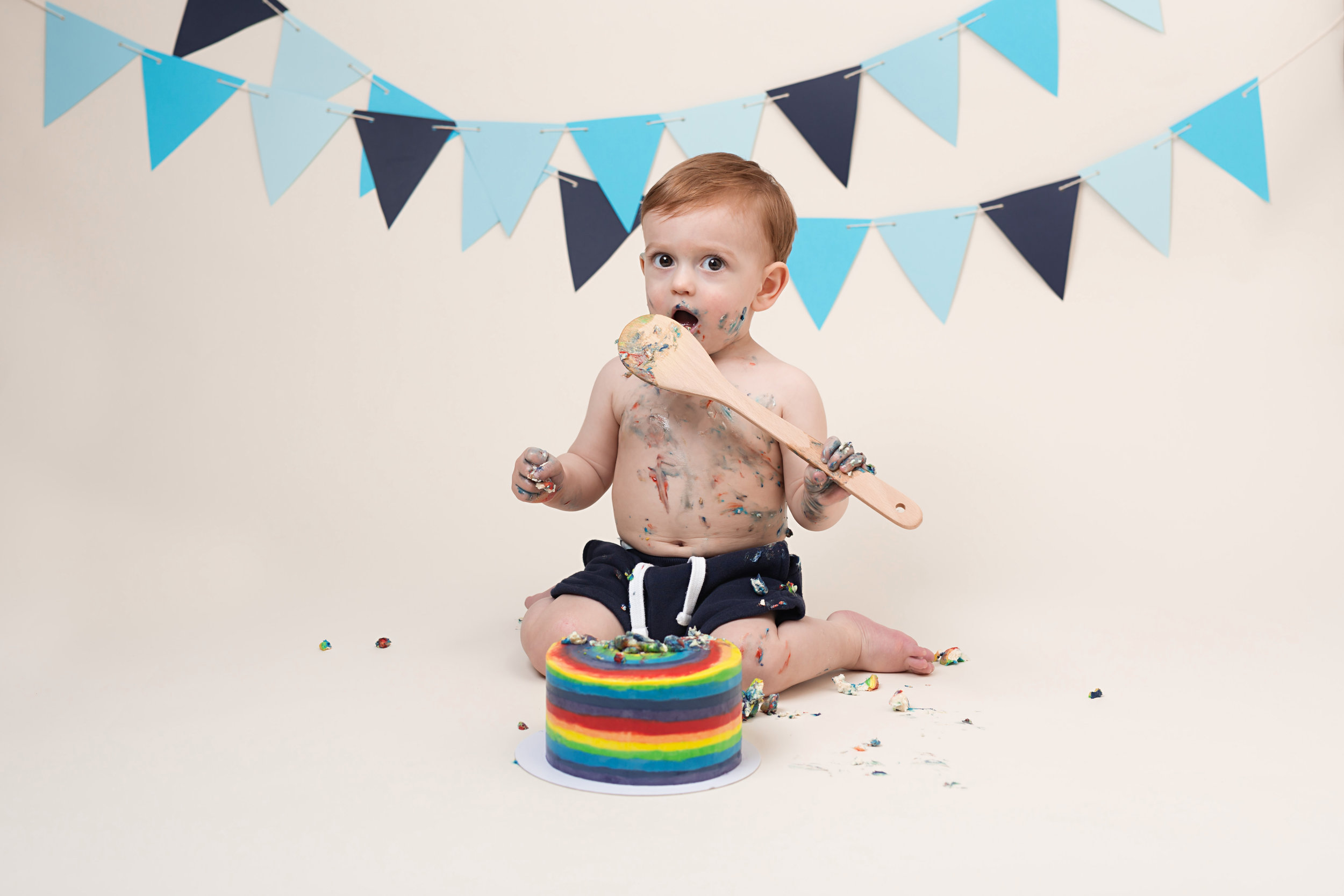 Cake smash and splash sessions in Wellington, Taunton, Bridgwater..jpg