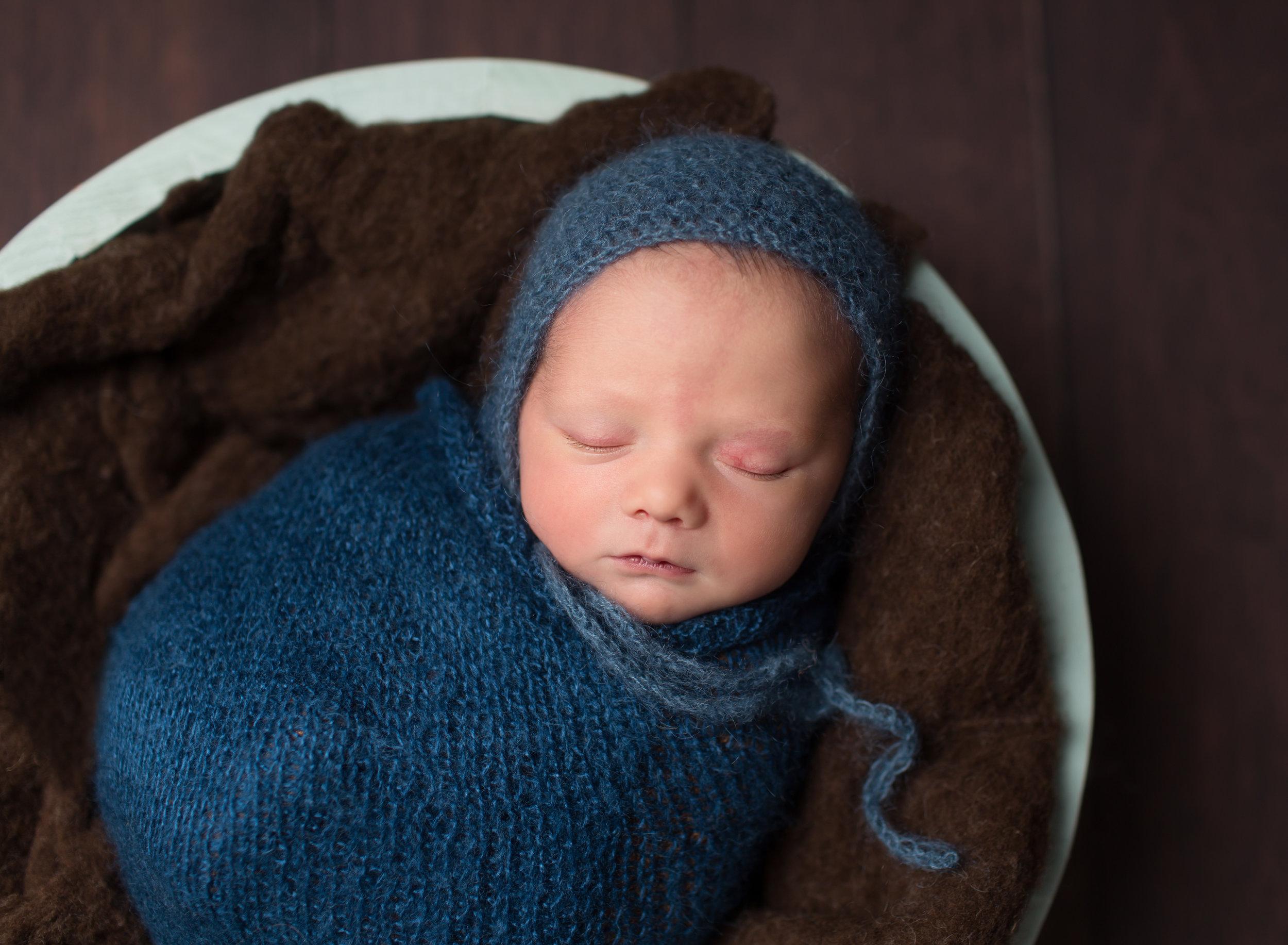Baby photographer in Taunton, Wellington, Somerset..jpg