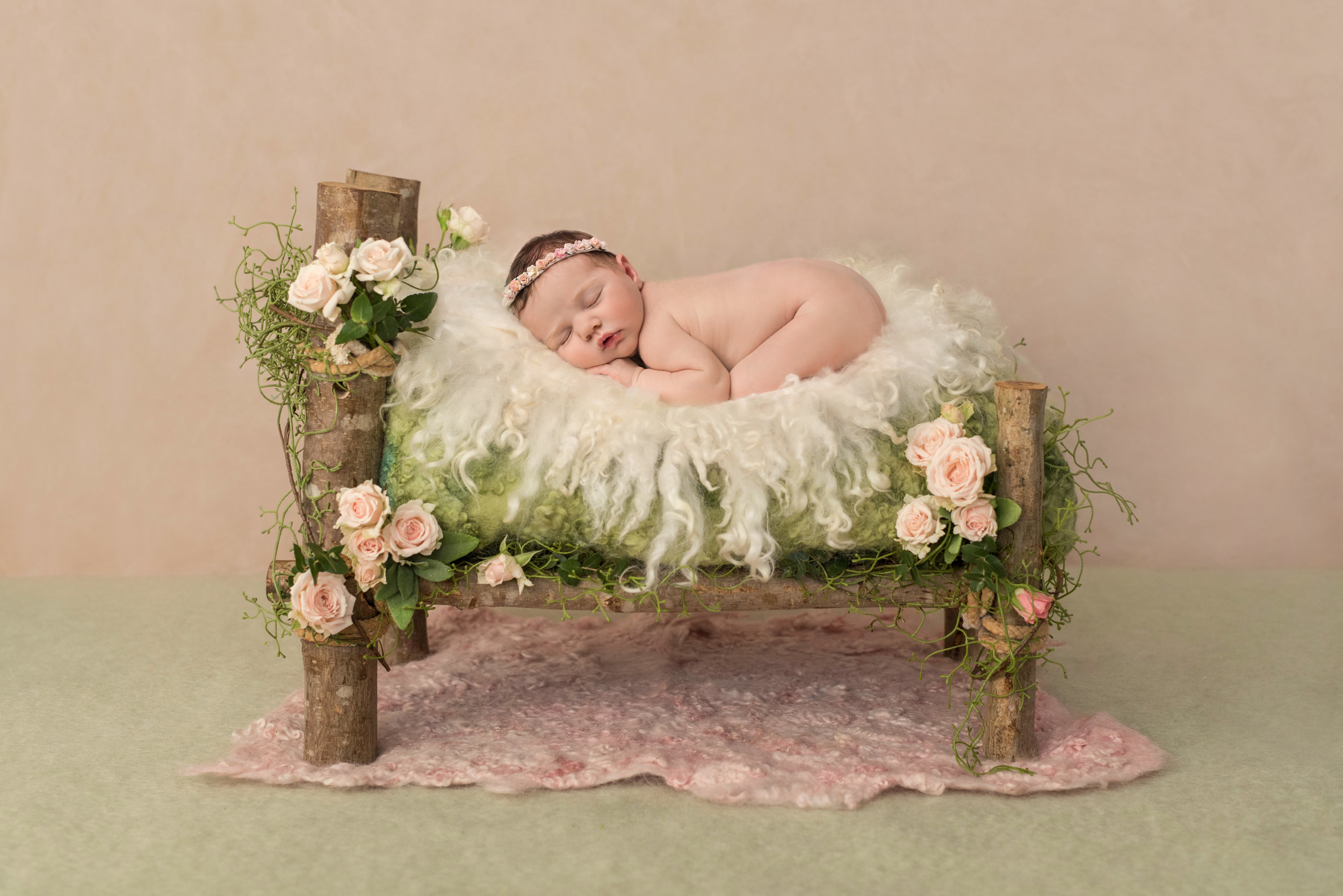 Newborn photographer- Wellington, Taunton, Bridgwater, Tiverton. .jpg