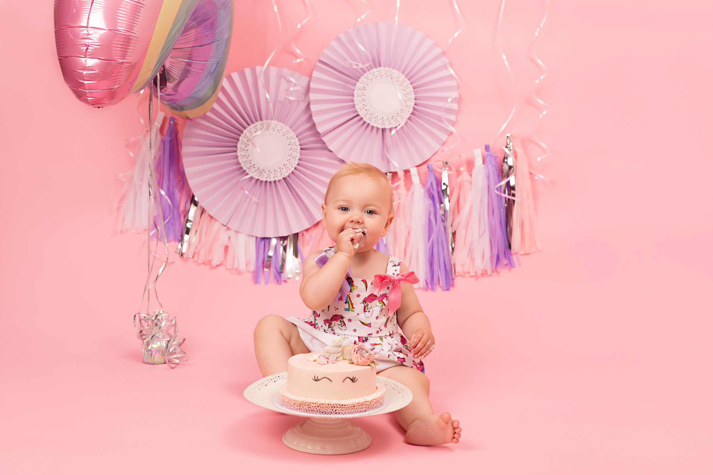 Cake smash sessions. Karen Kimmins Photography. Wellington, Somerset..jpg