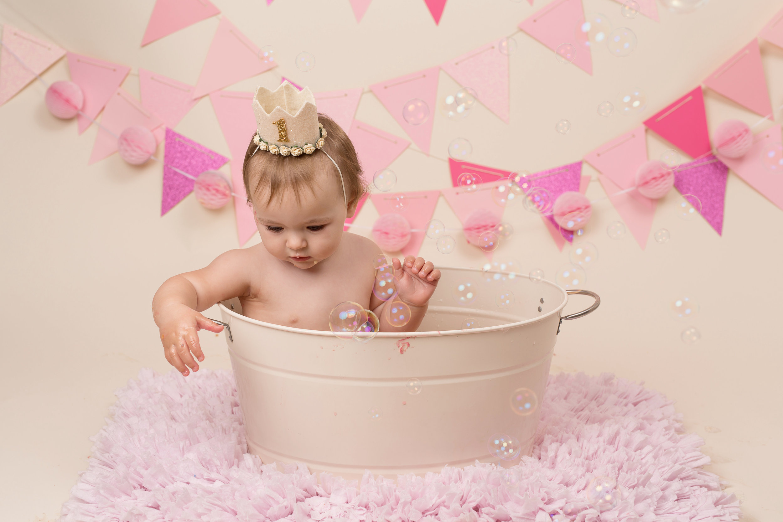 Cake smash and splash, Taunton, Somerset, Devon..jpg