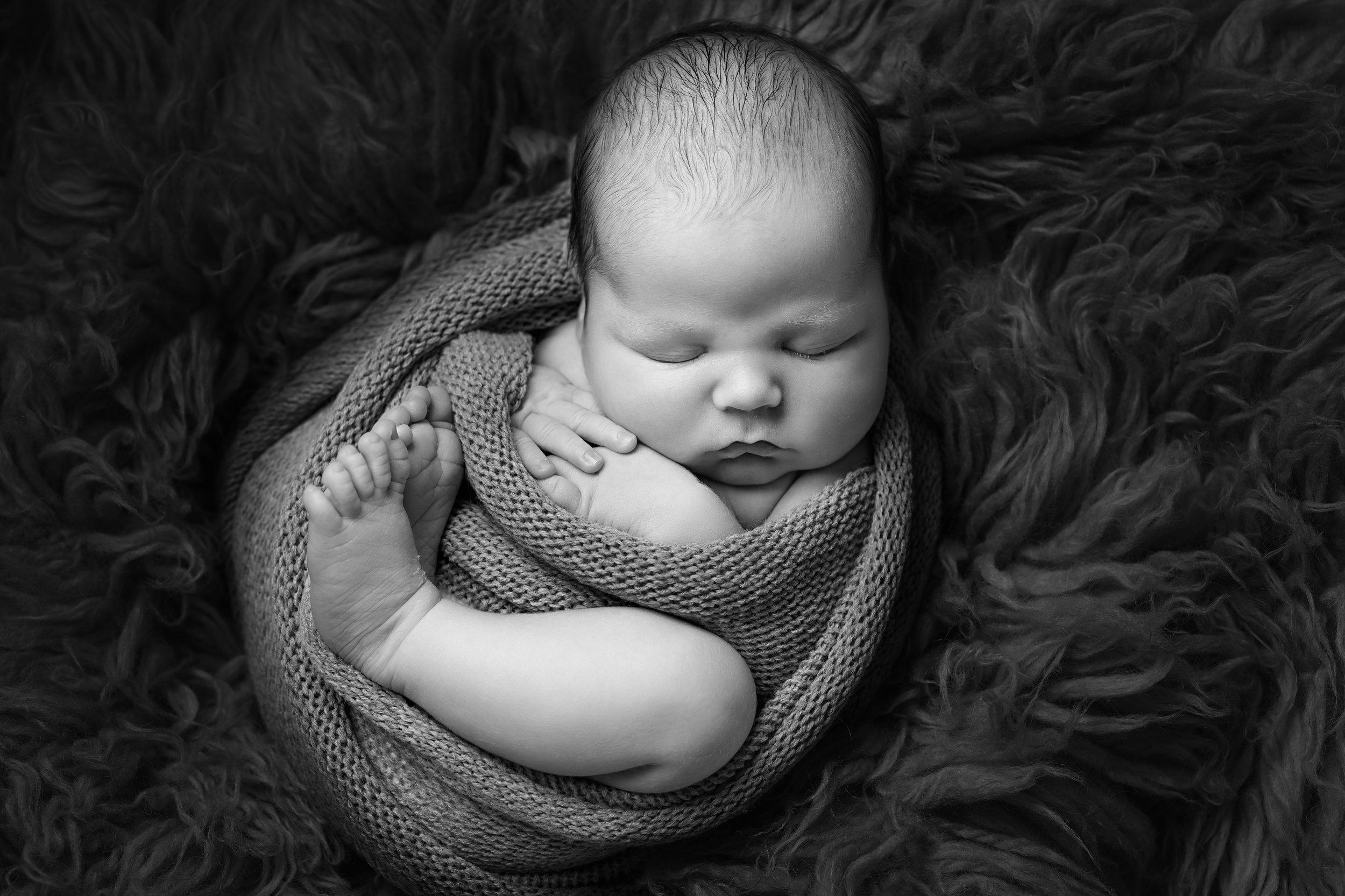 Karen Kimmins newborn Photography.06.jpg