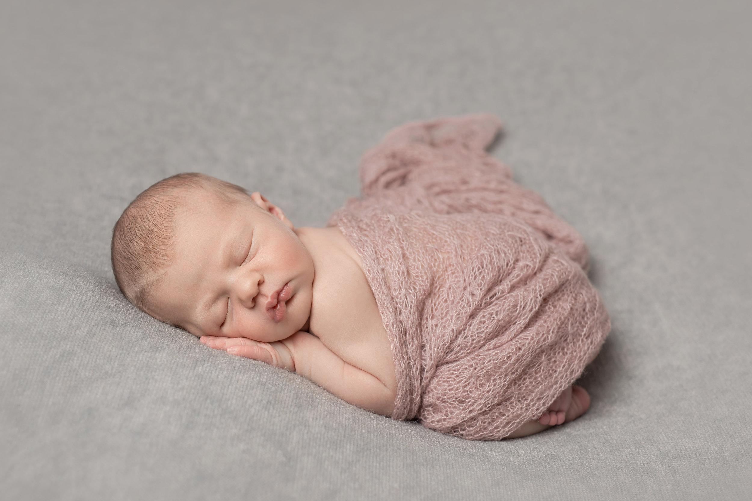 Karen Kimmins newborn Photography09.jpg