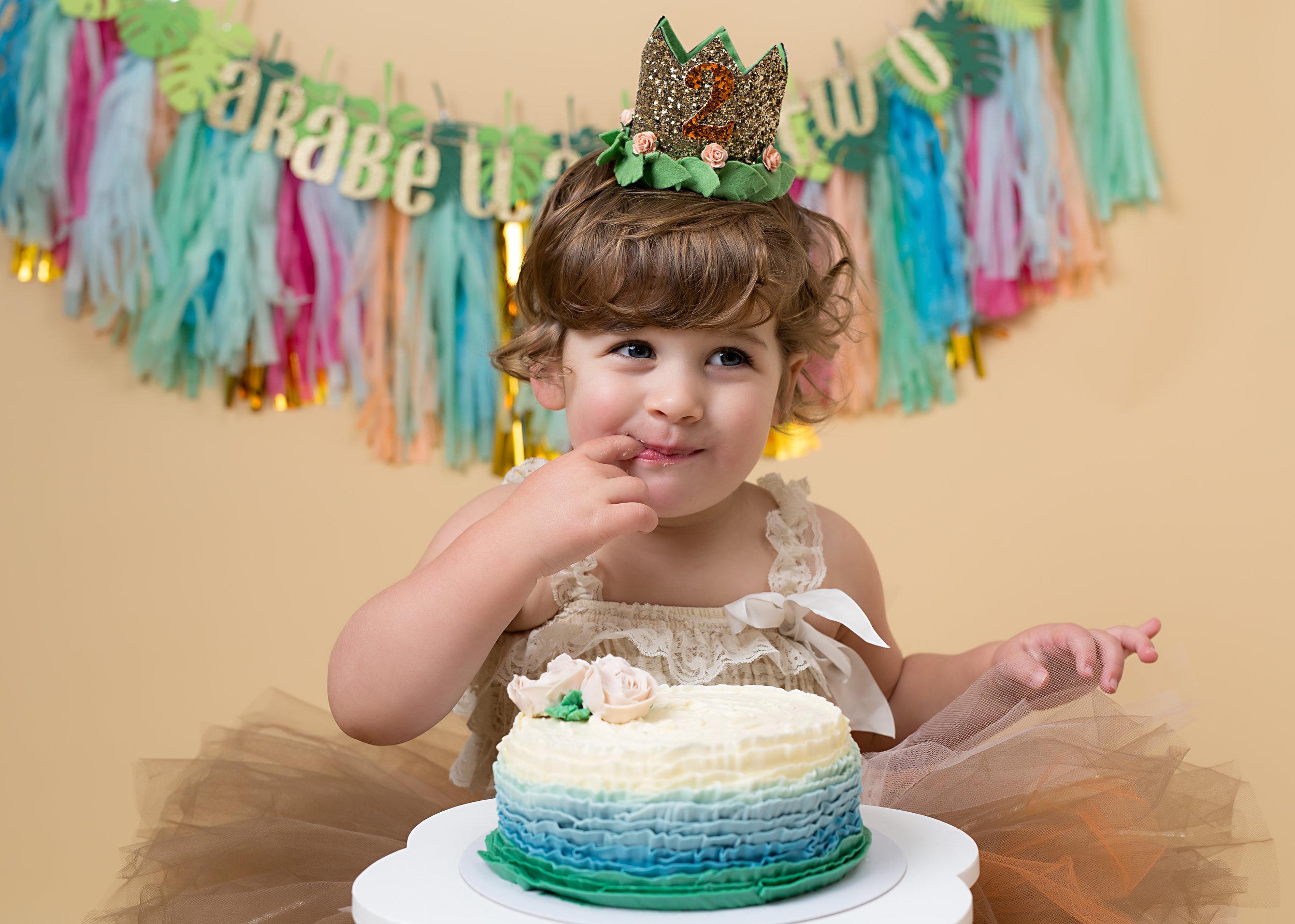 Cake smash sessions, Wellington, Taunton, Somerset. 10.jpg